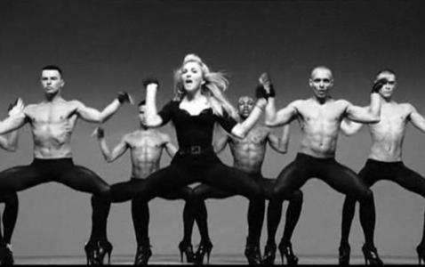 MDNA – Madonna.