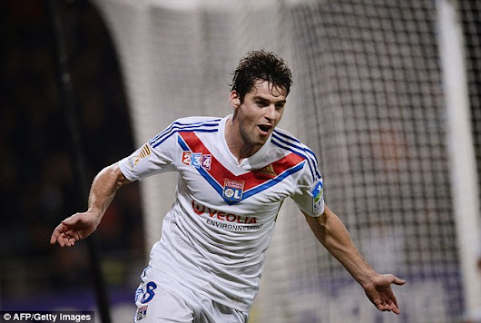 Arsenal up the ante in bid to sign Gourcuff as Wenger eyes alternative to Draxler
