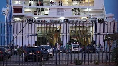 1 WNI Tewas Tertimpa Mobil Dalam Kecelakaan di Jembatan Pelabuhan Napoli