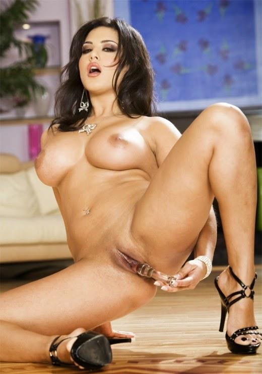 Pornstars Sunny Leone Hardcore Sex And Very Naked Pics -4995