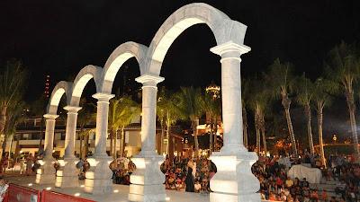Arcos del malecón Puerto Vallarta