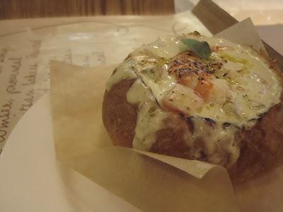 Paris Baguette, bread bowl