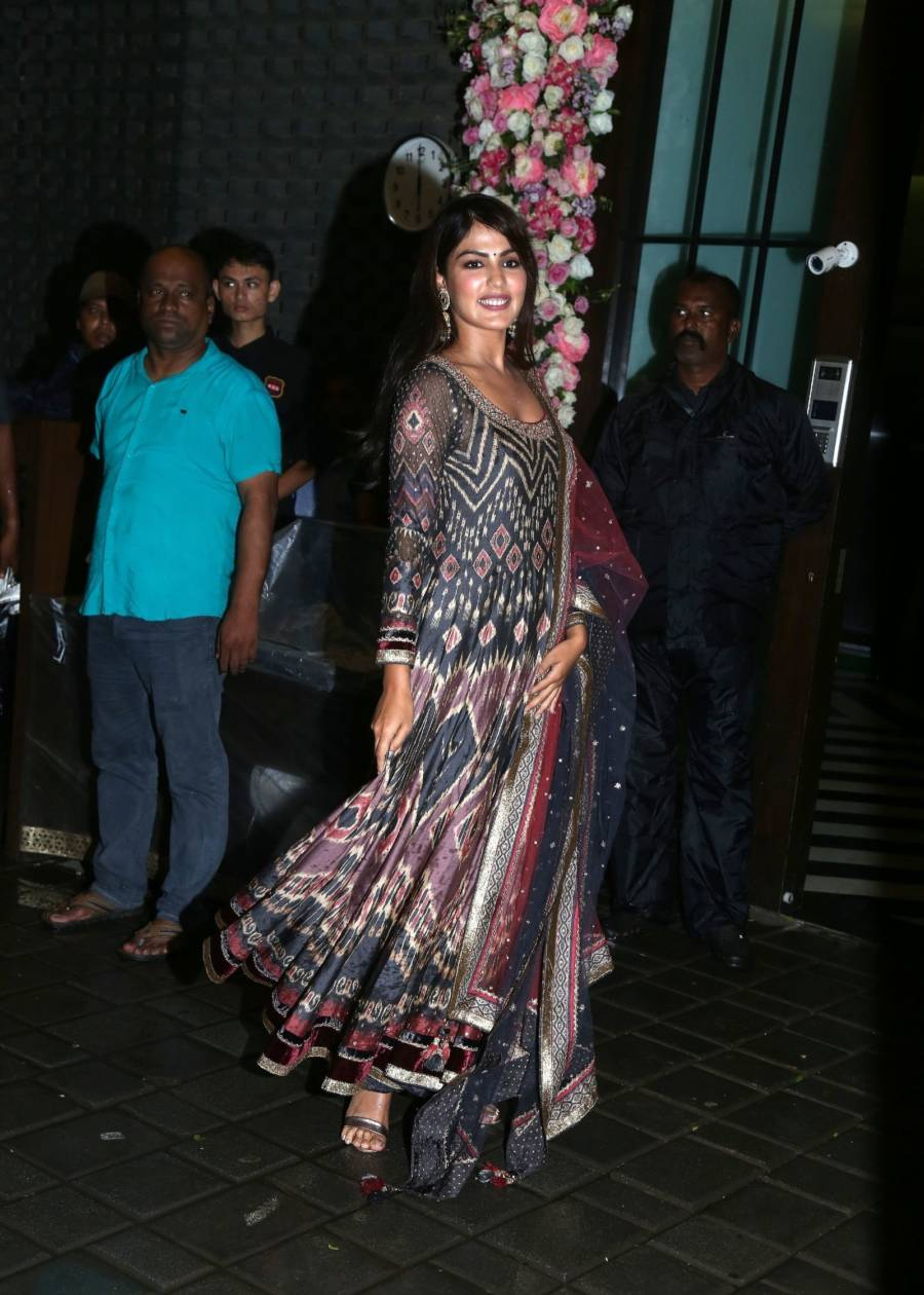 Rhea Chakraborty At Arpita Khan Home For Ganesh Chaturthi
