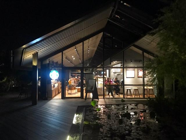 星巴克雲門門市~淡水唯美水岸咖啡廳
