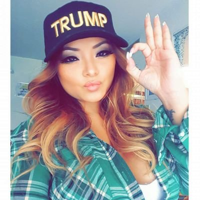 tila-tequila-trump-hat-selfie