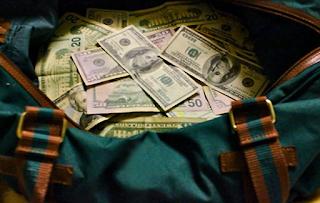 Man Charged In Theft Of Grammy Winner's Bag, $25K Cufflinks At JFK