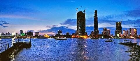 Vietnam Tour : Sai Gon River 3