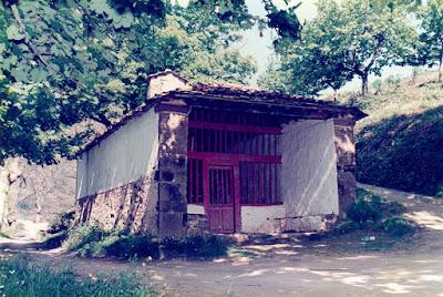 Cangas del Narcea, capilla de San Antonio de Currielles