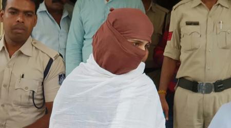 पुणे में छुपी थीं विधानसभा के पूर्व सचिव की बेटियां, गिरफ्तार | BETUL MP NEWS