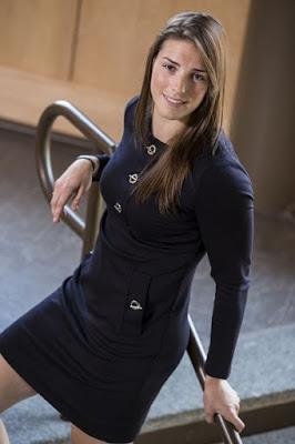 Hilary Knight Hilary Knight artis dan atlet hockey wanita cantik di olahraga kulit mulus