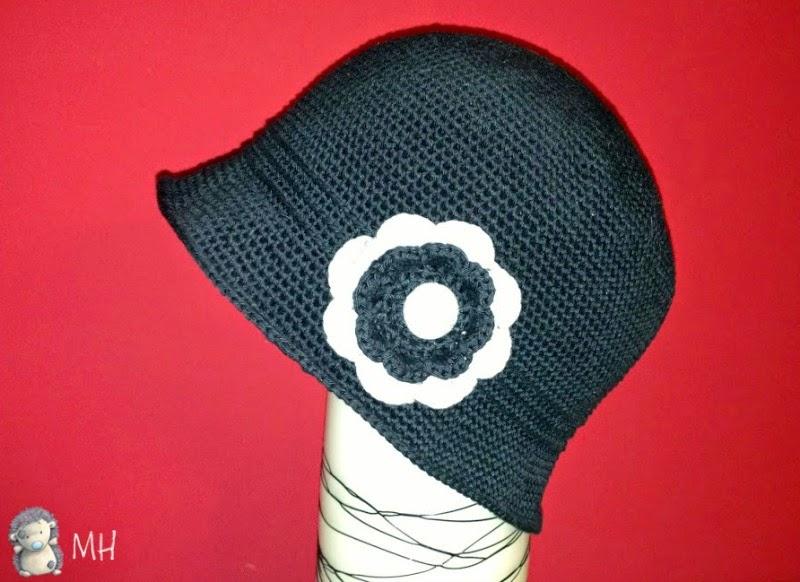 Sombrero cloche de ganchillo