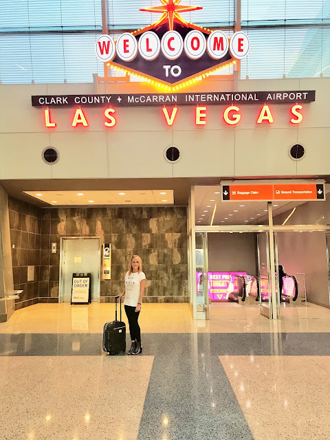 MapleLeoaprd Blog: A Girl's Guide to las Vegas