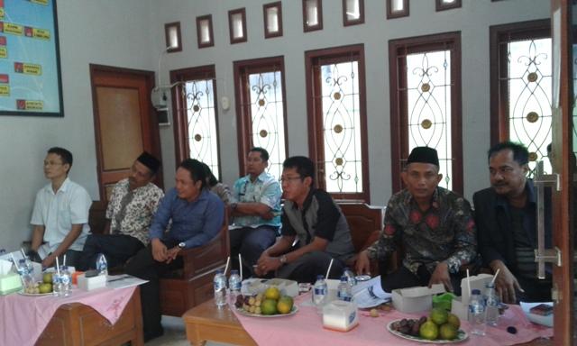 Takmau Terulang, Komisi D Sambangi UPK Kecamatan Sumber