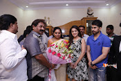 MP Kavitha Launches Jeelakarra Bellam Audio-thumbnail-19
