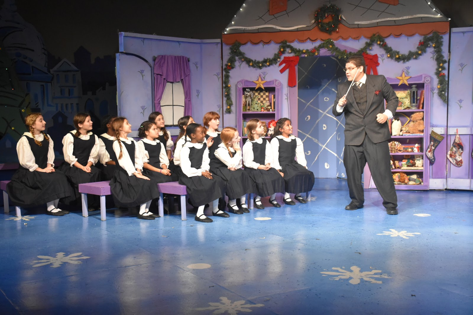 Madeline's Christmas Celebrates 10th Anniversary at Horizon Theatre, December 2-31  via www.productreviewmom.com