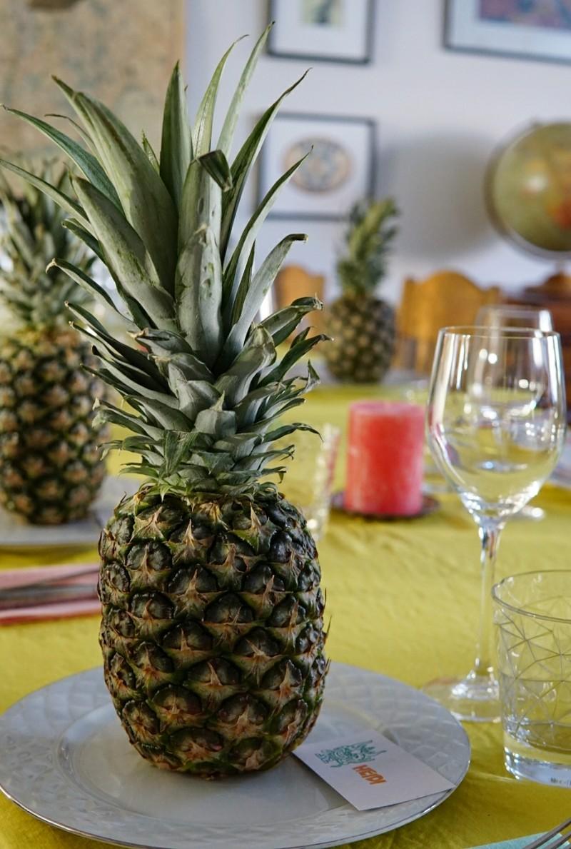 tiki-juhlat, luau, ananas