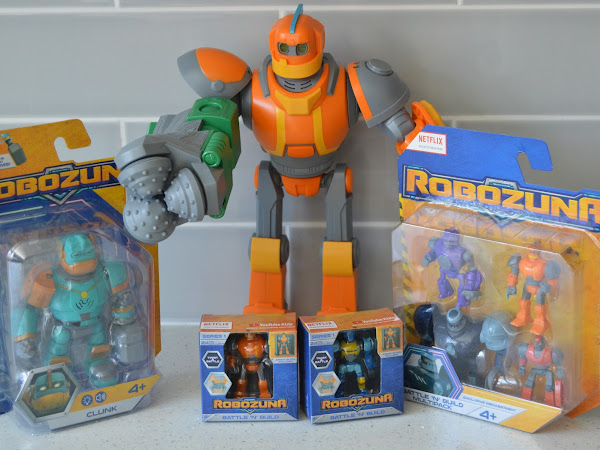 Gifted Review | Robozuna Figures