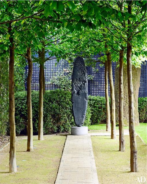 obras de arte contemporáneo en el jardin chicanddeco