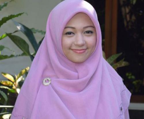 Social Enterpreneur Muda Yang Cantik (Hafiza Elfira)