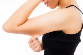 بعض الطرق للتخلص من دهون الذراعين