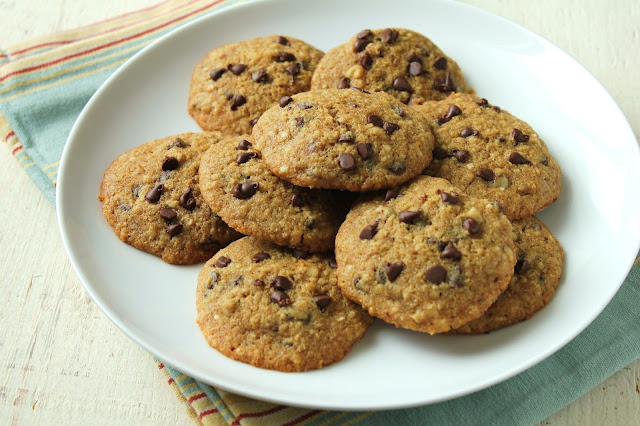 low-fructose chocolate chip cookies, quinoa flakes, quinoa flour, dextrose