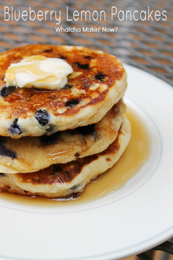 Light and Fluffy Blueberry Lemon Pancakes | WhatchaMakinNow.com