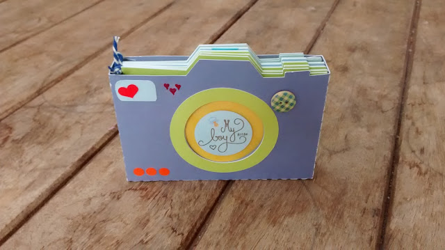 Mini-album formato câmera