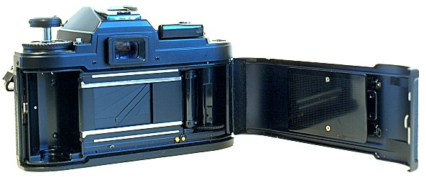 Nikon FG, Film box