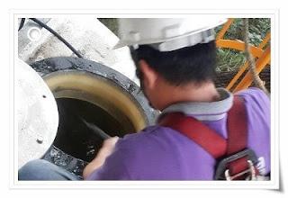 汙水池清洗  新竹桃園清潔公司,提供入槽清洗的服務項目:電鍍槽、酸洗研磨槽、廢水槽、污泥槽、廢水儲存槽、藥劑儲存槽、蝕刻槽、有機溶劑槽體清洗、地下隧道、浮油處理槽、物化沉澱槽`靜電除塵器清洗`水洗式除塵器清洗`空汙防制設備清洗保養