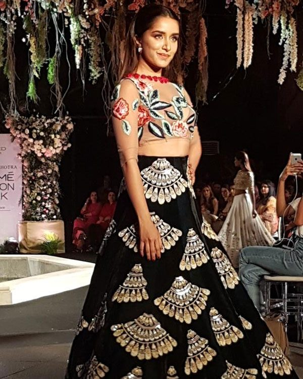 shradda kapoor Rajput at Lakme Fashion week 2016