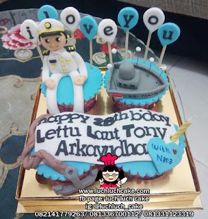 Cupcake Ulang Tahun Tema Angkatan Laut