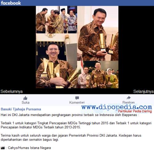 Basuki Tjahaja Purnama Sedang Memamerkan Empat Penghargaan Yang Diraih Oleh Pemprov DKI Jakarta - Dipopedia