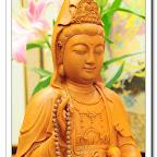 【秀氣慈雅觀世音菩薩】原木立體手工雕刻一尺三梢楠木~神明佛像木雕藝術@台灣九龍佛具