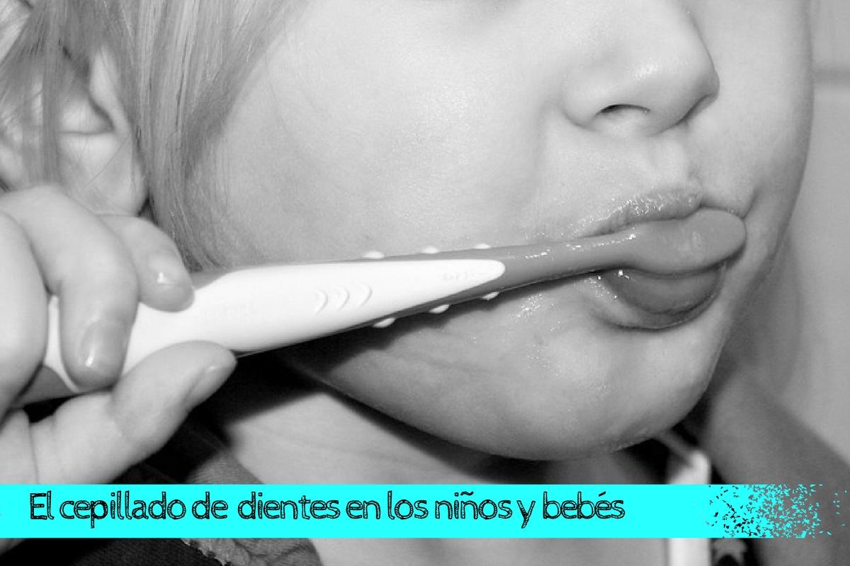higiene dental cepillado de dientes niños y bebes