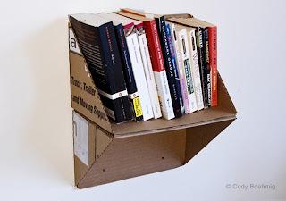 estante o librero de cartón