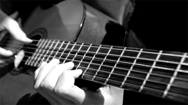 cara mudah belajar gitar