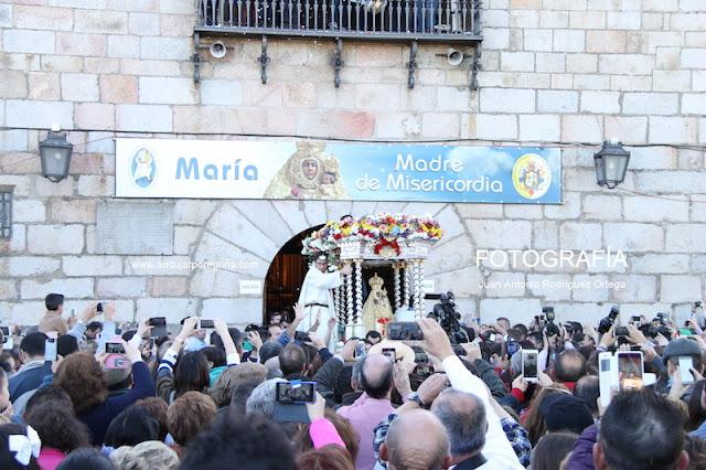 Salida de la Virgen en Romería
