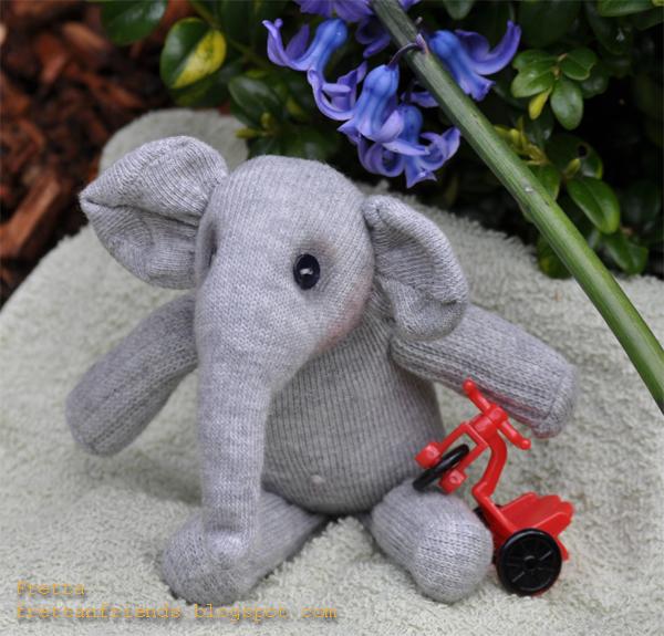 Fretta Sock Elephant