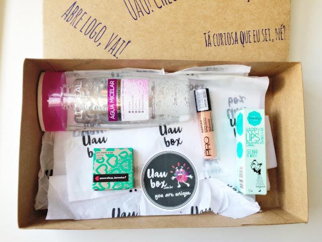caixa de cosméticos e beleza