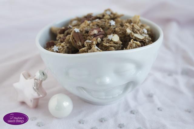 marlene 39 s sweet things werbung weihnachtliches lebkuchen granola mit tassen gewinnspiel. Black Bedroom Furniture Sets. Home Design Ideas