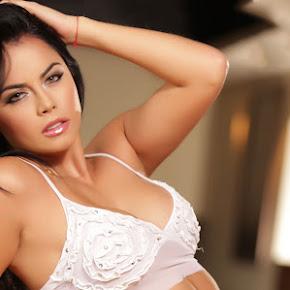 colombiana sexy michelle sarmiento fotos