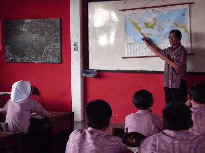 Contoh Soal UTS Genap IPS Kelas 8 SMP