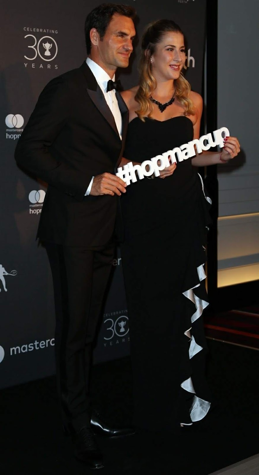 Belinda Bencic and Roger Federer Posing at Hopman Cup New Years Eve