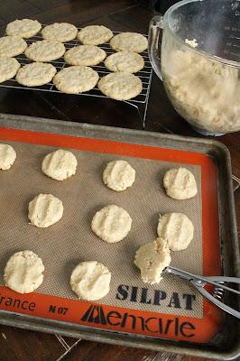 Delicious Cookies #ChristmasCookiesWeek #ChristmasCookies #sponsored