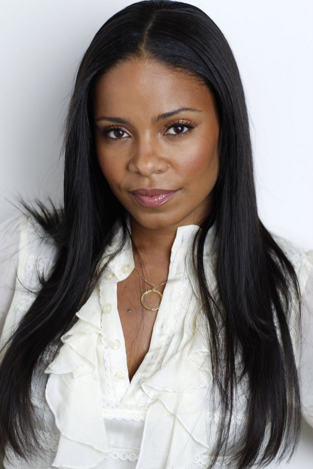 Celebrity Hairstyles And Tattoo Pictures: Sanaa Lathan