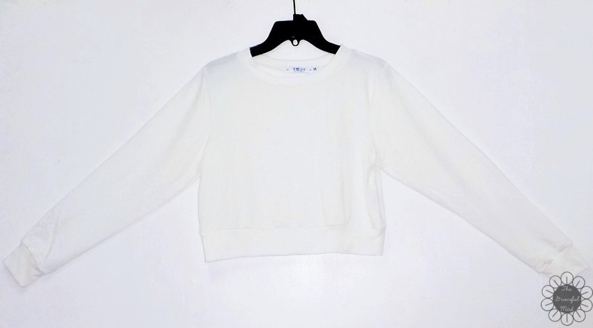 www.Zaful.com - Shipping and Delivery - Casual Sports Cropped Sweatshirt - Online Shopping - Product Reviews at www.TheGracefulMist.com , @TheGracefulMist - Beauty, Fashion and Lifestyle