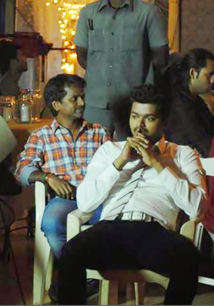 Vijay Kaththi stills | Tamil Actress Wallpapers