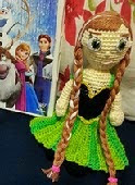 http://www.ravelry.com/patterns/library/anna-frozen-2