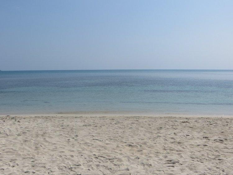 Утро на пляже Silver beach