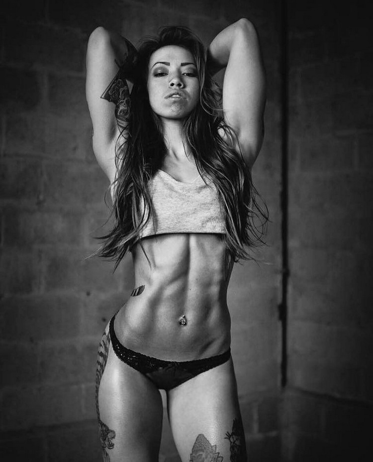 Female body motivation fitness model Serene VanEtten